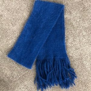 Accessories - NWOT cashmere scarf